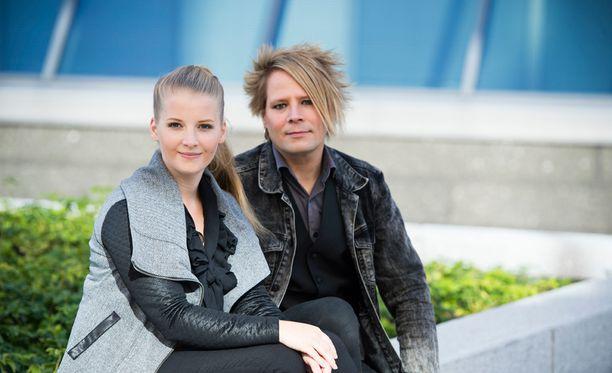 Saara Auvinen sai vakavan aivovamman, muusikkomies Sampsa Astala tukee.