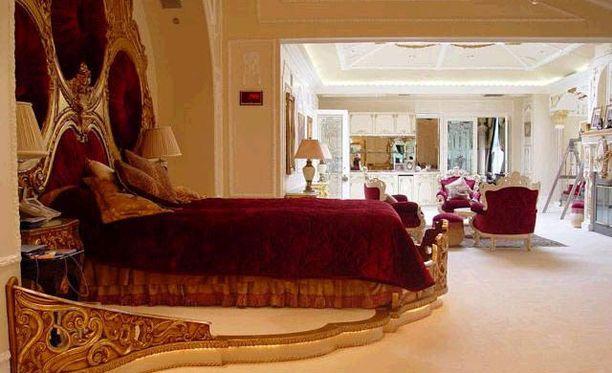 Tämä on diktaattorin makuuhuone.