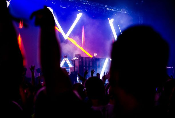 Benny Benassi on pitkänlinjan tuottaja ja DJ.