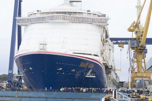 Turussa rakennetaan Carnival Cruise Linesin suurinta alusta.