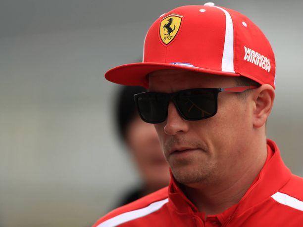"""Kimi Räikkösen mielestä Ferrarin perjantaisuoritus oli """"normaali""""."""