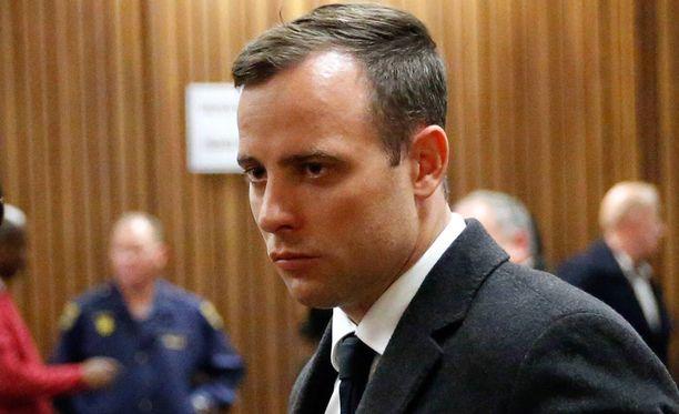 Oscar Pistoriuksen tuomio koveni uudelleenkäsittelyssä, mutta syyttäjien mukaan se on edelleen liian lievä.