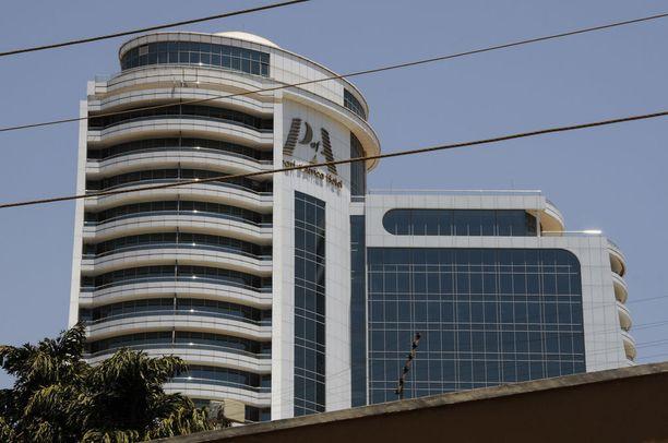 Suomalainen liikemies löydettiin kuolleena hotellihuoneestaan 6. helmikuuta Kampalassa. Hän majoittui Pearl of Africa -luksushotellissa.