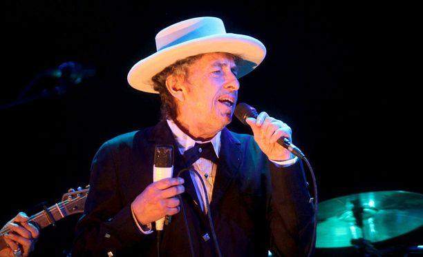 Bob Dylan on vahvistanut, ettei pääse joulukuussa järjestettävään seremoniaan Tukholmaan.