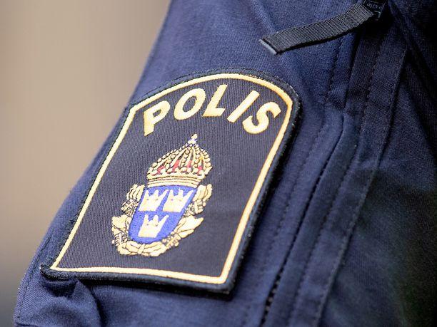 Ruotsin poliisilla on suuretsintä käynnissä.