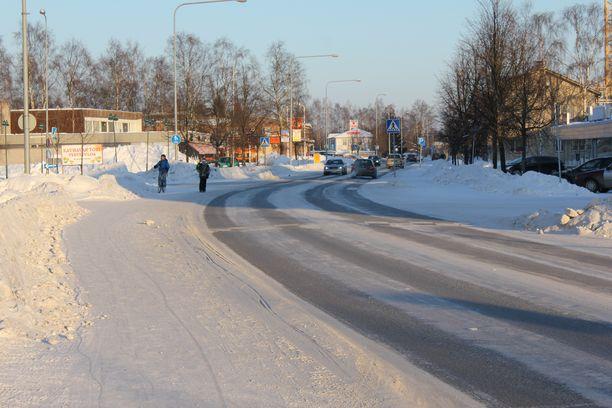 Arkistokuvassa Kauhavan keskustan alue.
