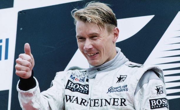Mika Häkkinen nousi kuoleman porteilta kaksinkertaiseksi F1-mestariksi.
