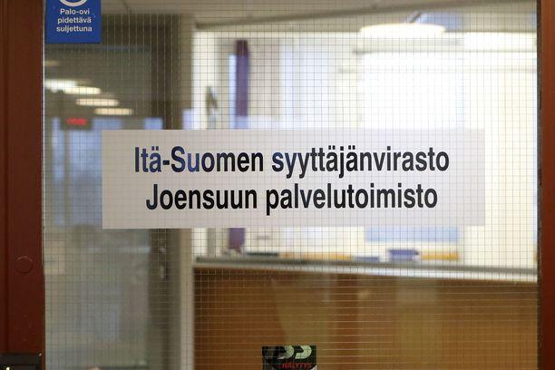 Törkeänä pahoinpitelynä tutkittu veitsi-isku eteni syyteharkintaan Itä-Suomen syyttäjänvirastoon.