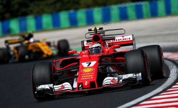 Kimi Räikkönen sai pitää hetken Hungaroringin kierrosennätystä hallussaan.
