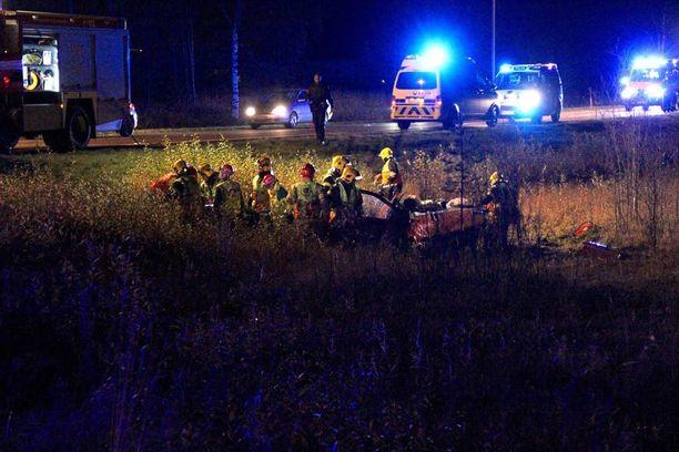 Muhoksella tapahtui onnettomuus tiistaina puoli yhdeksältä illalla.