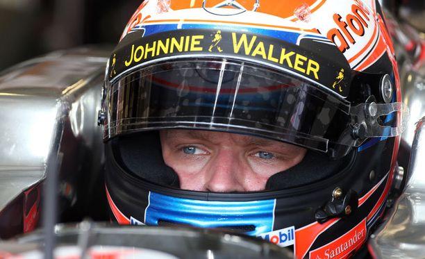 Kevin Magnussen testasi McLarenin F1-kilpuria nuorten kuljettajien testeissä.