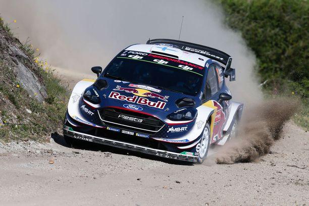Teemu Suninen jahtaa WRC-uransa ensimmäistä palkintokorokesijoitusta.