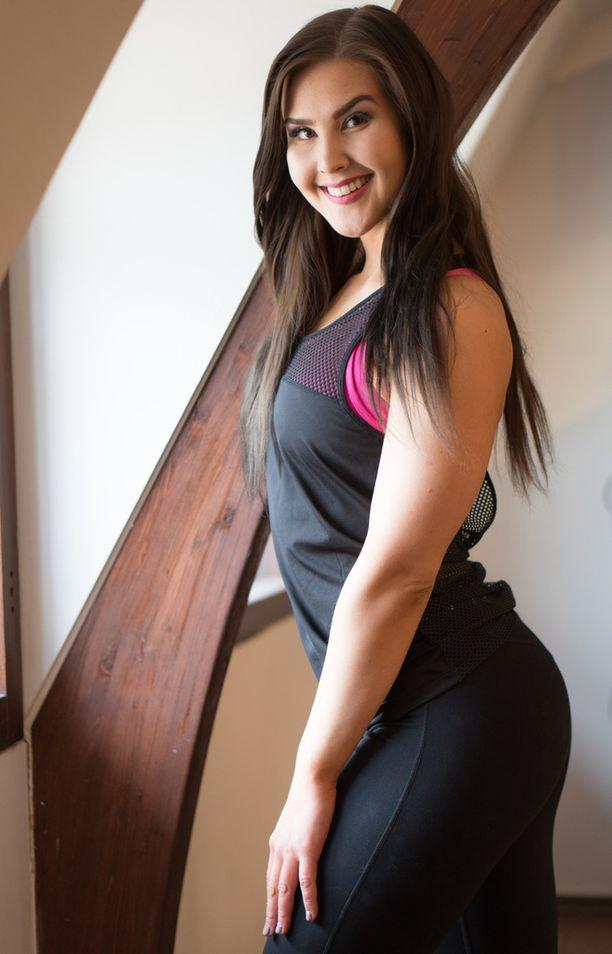 Renata.