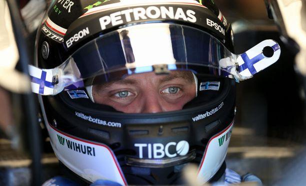 Valtteri Bottas testasi jo vuoden 2018 aero-osia.