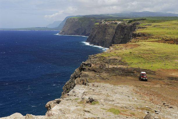 Havaijin Kalaupapan kalliot ovat huiman korkeat.