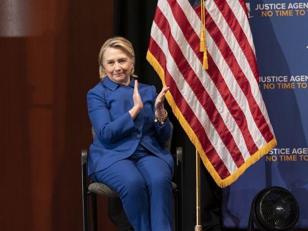Hillary Clintonia ei nähdä demokraattien esivaaleissa ensi vuonna.