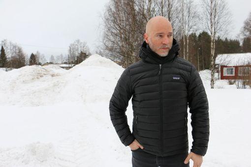 Aku Louhimies kertoo, että Aku Hirviniemi on mukana ensi viikolla jatkuvissa Tuntemattoman sotilaan kuvauksissa.