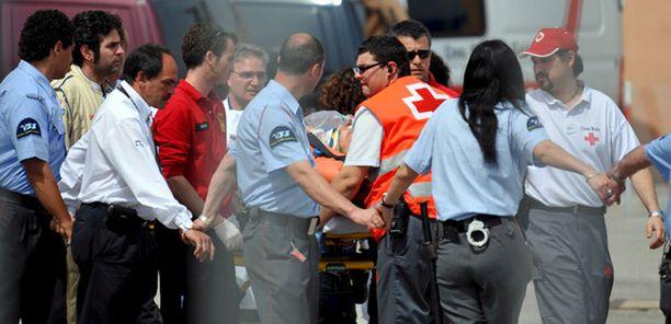 Heikki Kovalainen kuljetettiin Barcelonan radalta helikopterilla sairaalaan.