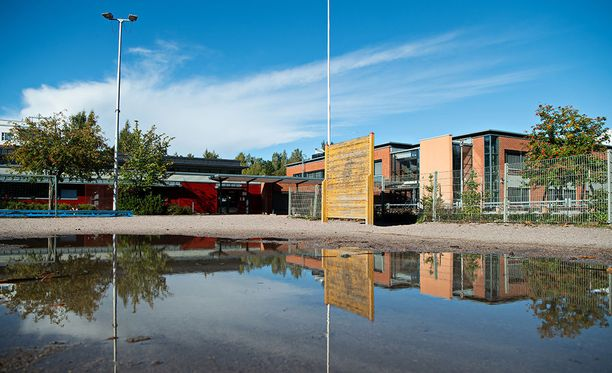 MOVE-testauksista luovutaan toistaiseksi koko Espoon kouluissa Tiistilän oppilaan kuolemantapauksen takia.
