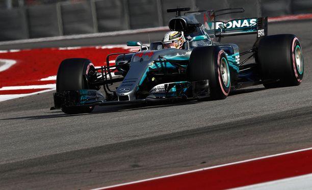 Lewis Hamilton ajoi vakuuttavaan voittoon Yhdysvalloissa.