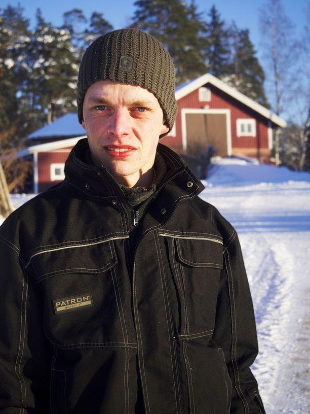 Ilmari, 26, Nousiainen.
