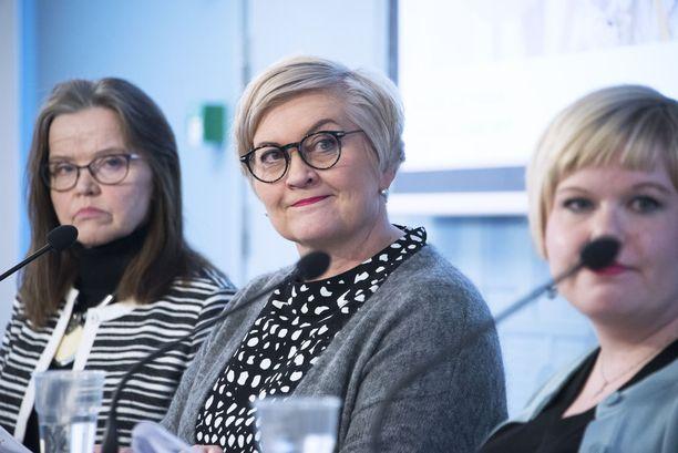 Kunta- ja uudistusministeri Anu Vehviläinen (kesk) oli torstaina esittelemässä sote- ja maakuntauudistuksen viimeistä palikkaa eli hallituksen lakiesitystä soten valinnanvapaudesta.