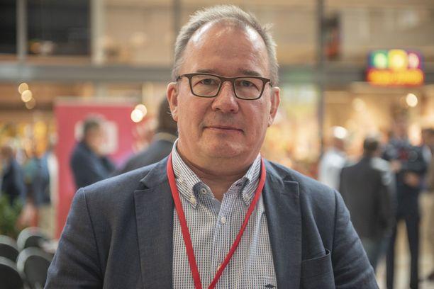 Suojelupoliisin päällikkö Antti Pelttari.