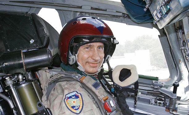 - Ydinsotaa ei voittaisi kukaan, kaikki tuhoutuisivat, kertoo Vladimir Putin elokuvaohjaaja Oliver Stonelle.