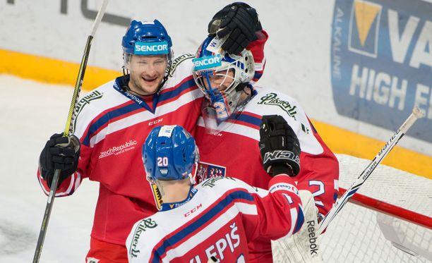 Ladislav Smid, Marek Mazanec ja Jakub Klepis juhlivat Tsekin voittoa Sveitsistä.