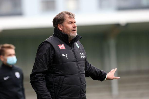 Argo Arbeiter jätti KTP:n päävalmentajan tehtävän kesäkuussa.