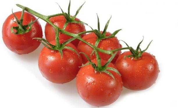Tomaatit muuttuvat jääkaapissa jauhoisiksi.