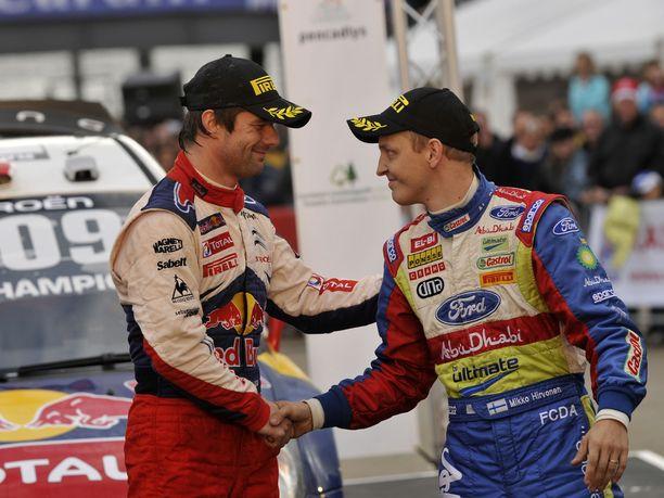 Mikko Hirvonen joutui tunnustamaan Sébastien Loebin paremmaksi kaudella 2009. Tappio tuli katkeralla tavalla, mutta Hirvonen ja kartanlukija Jarmo Lehtinen eivät jossittele.
