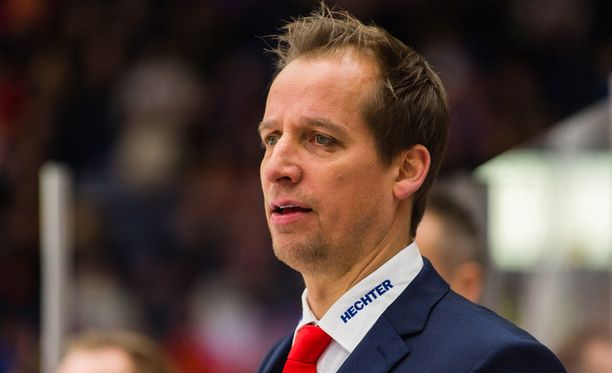 Antti Törmäsen HIFK kyntää kuntopuntarin jumbona.