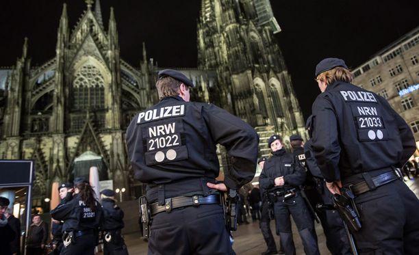 """Saksan liittovaltion sisäministeriön alainen rikospoliisiyksikkö Das Bundeskriminalamt BKA on nostanut esille Saksaan rantautuneen """"uuden ilmiön""""."""