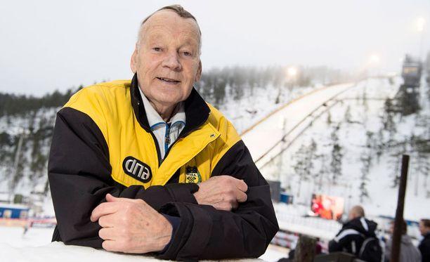 Immo Kuutsa moittii FIS:n herroja lepsuilusta.