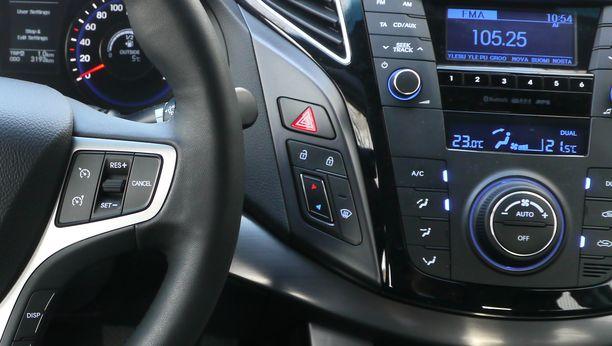 Käytetyn auton arvo kasvaa, jos siinä on muutama kriittinen lisävaruste.