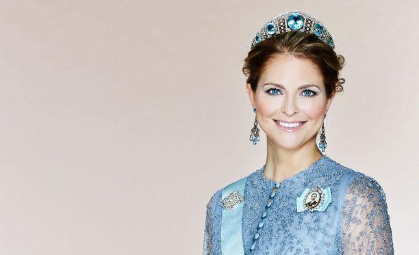 Prinsessa Madeleine on Ruotsin kuningas Kaarle Kustaan ja kuningatar Silvian nuorin lapsi.