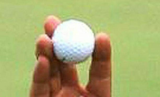 Golfpallo voi olla tappava.