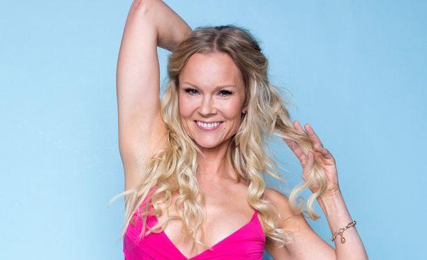 Susanna Tanni on ensimmäinen suomalainen, joka poseeraa Portugalin Playboylle.