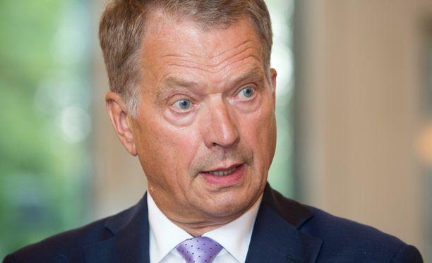 Sauli Niinistö varmisti Puolustusministeriöltä, että kutsua ilmaharjoituksiin ei ole tullut.