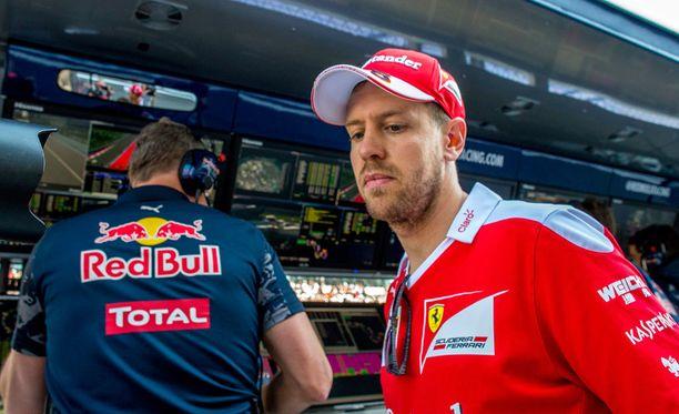 Sebastian Vettelillä oli sen verran sanottavaa, että F1-sarjan verkkosivujen piip-nappi lie kulunut puhki