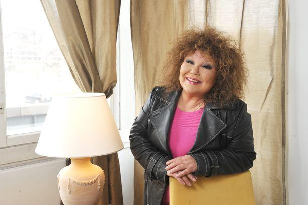 Anita Hirvonen äänitti uutta musiikkia vuoden 2020 aikana. Kuva vuodelta 2010.