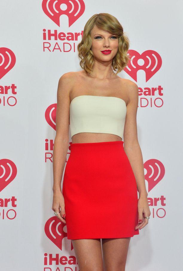 Taylor Swiftin albumeita on myyty maailmanlaajuisesti yli 50 miljoonaa kappaletta.