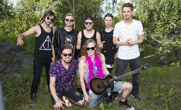 Roope Salminen & Koirat on noussut yhdeksi Suomen suosikkiyhtyeistä.
