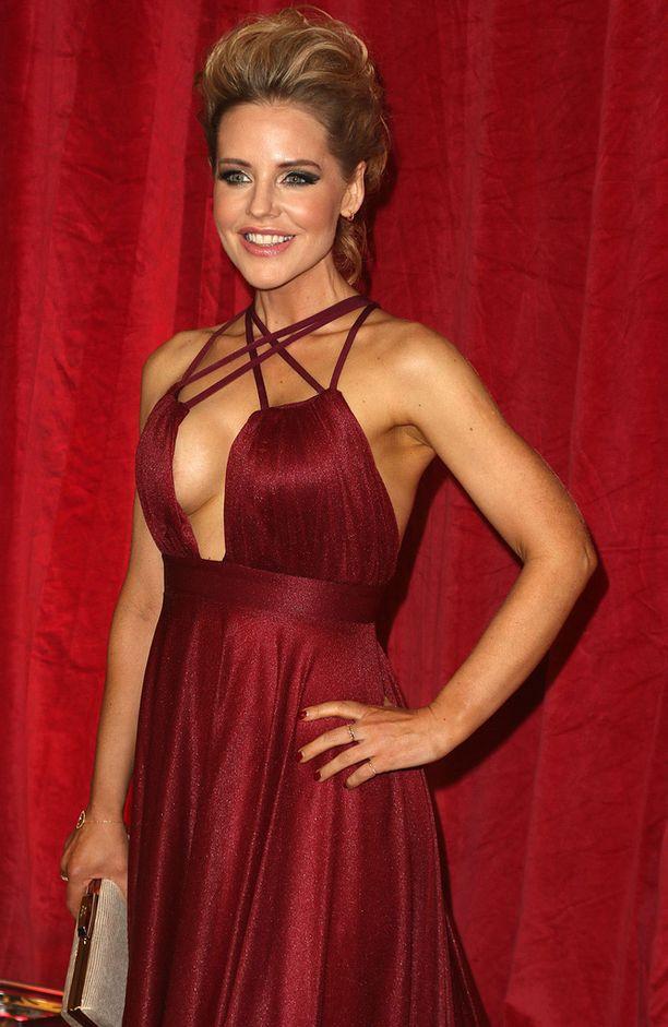 Stephanie Waring tunnetaan parhaiten Hollyoaks-sarjasta.