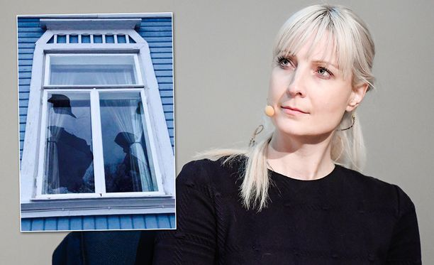 Laura Huhtasaaren ikkunoita on rikottu perheen joululoman aikana.