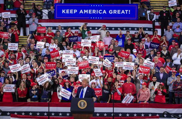 Trump puhui kannattajilleen Milwaukeessa Wisconsinin osavaltiossa tammikuussa.