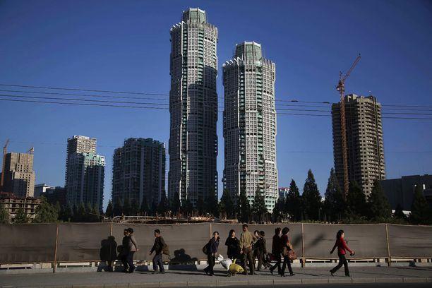 Yksi johtaja Kim Jong Unin suurhankkeista on tämä suuri pilvenpiirtäjäkompleksi, joka nousee Ryomyong-kadulle. Sinne tulee maan korkein asuinrakennus, 70-kerroksinen tornitalo.