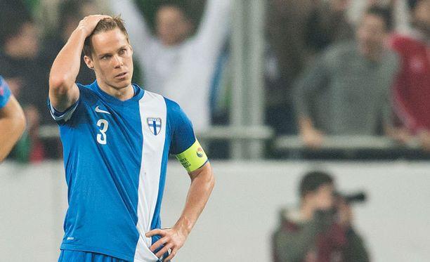 Niklas Moisander pani Unkarin osuman surutta omaan piikkiinsä. Ja Joona Toivion.