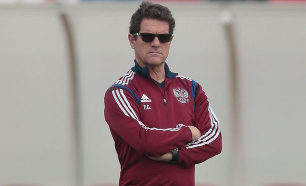 Fabio Capello valmentaa Venäjän joukkuetta.